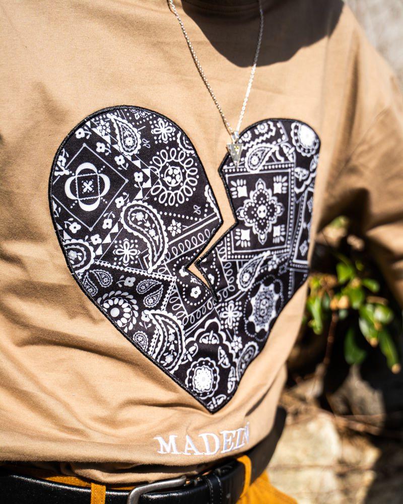 《3色》ペイズリーハートTシャツの画像8