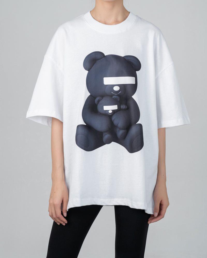 《2色》目隠しクマTシャツの画像1