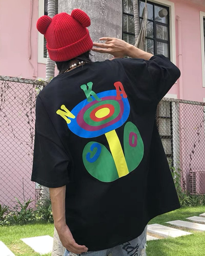 OKHAOロゴTシャツの画像1