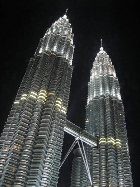 Petronas towers de nuit